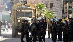 قمع مسيرة في شارع الشهداء بالخليل