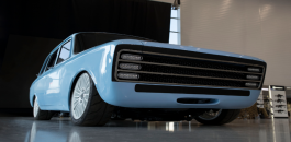سيارة كلاشينكوف الكهربائية