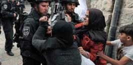 إصابة سيدة بالرأس اثر اعتداء الاحتلال عليها بباب العامود