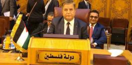 منح وزير الصحة الفلسطيني الوسام الذهبي