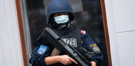 الشرطة النمساوية وفلسطيني