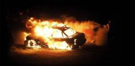 المستوطنون يجرقون مركبة شرق رام الله