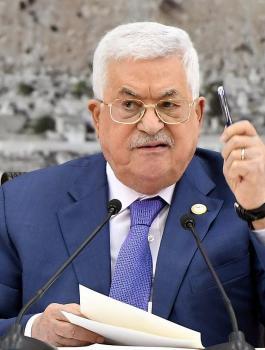 الرئيس عباس والشعب الفلسطيني