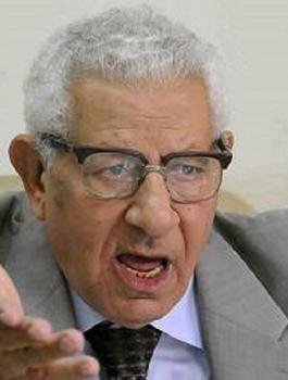 الكاتب الصحفي المصري مكرم محمد احمد