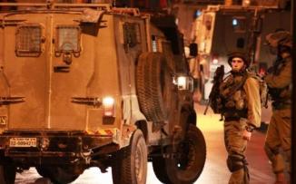 الاحتلال يعتقل 3 مواطنين من قلقيلية