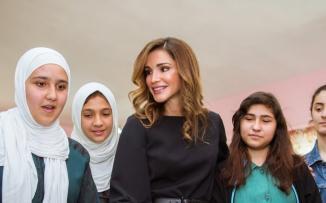 الملكة رانيا والشعب الاردني