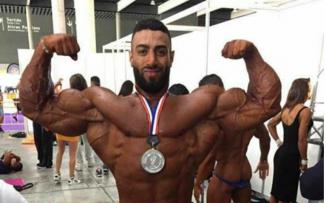 شاب من مخيم الأمعري يفوز بالمركز الثاني في مسابقة عالمية لكمال الأجسام
