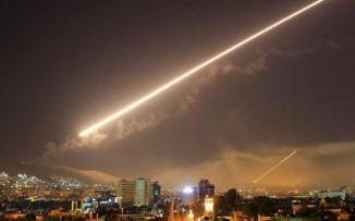 قصف صاروخي إسرائيلي يستهدف مطاراً عسكرياً في ريف حمص
