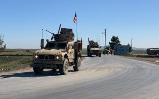 الجيش الامريكي وقوة من الجيش السوري