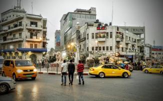 اتفاق على حجز المركبات المخالفة التي تنقل ركاب مقابل أجر