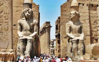 دحول السياح لمصر