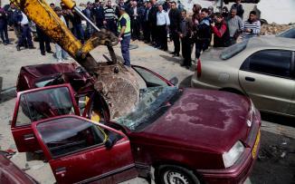 الحكومة الفلسطينية والسيارات غير القانونية