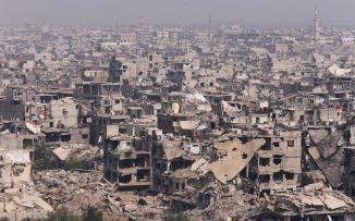 الدمار في مخيم اليرموك