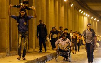 اللاجئيين السوريين يغادرون اسطنبول