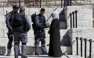 الاستيلاء على منازل الفلسطينيين في الأقصى