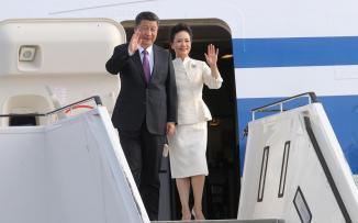 الرئيس الصيني يصل الإمارات
