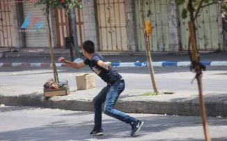 إصابات بالرصاص الحي في مواجهات بالخليل