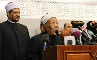 تشييع جثمان شيخ أزهري عاصر 3 ملوك وجميع رؤساء مصر