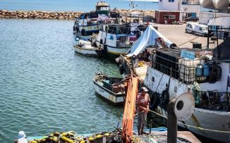 تونس وسفينة اسرائيلية