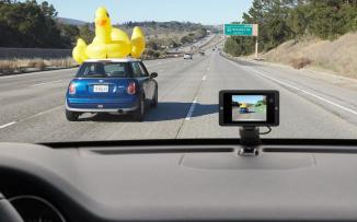 كاميرات  مراقبة في سيارات تعليم السواقة