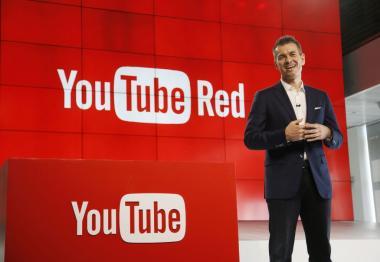 اول فيديو يعرض على يوتيوب