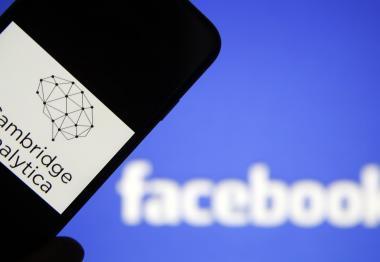 فيسبوك ترفض تعويض ملابيين المستخدمين بعد فضيحة كامبريدج أناليتيكا