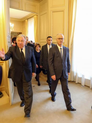 الحمد الله خلال لقاء مع مجلس الشيوخ الفرنسي في باريس