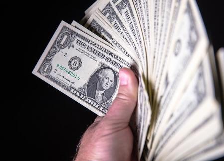 الدولار الامريكي والشيقل