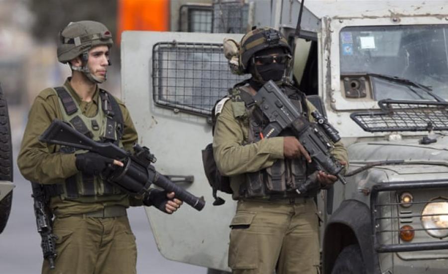 اطلاق النار على شاب فلسطيني قرب مخيم الفوار