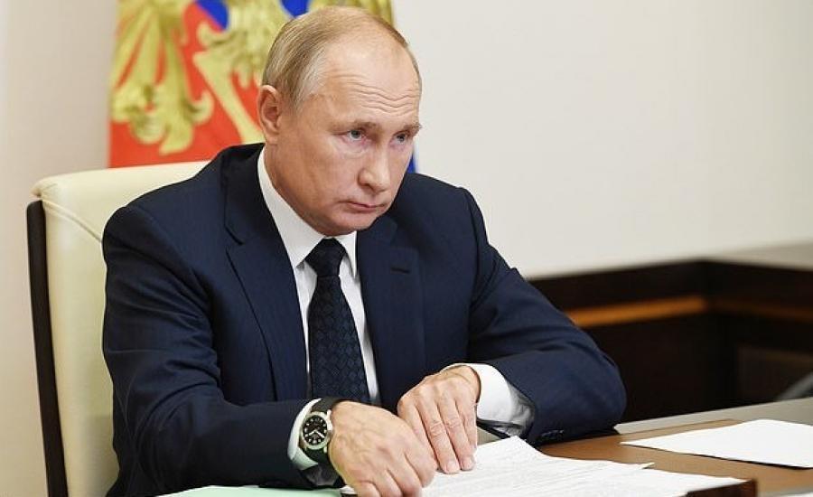 بوتين-يلمح-إلى-رغبته-في-ترك-الكرملين-2.jpg