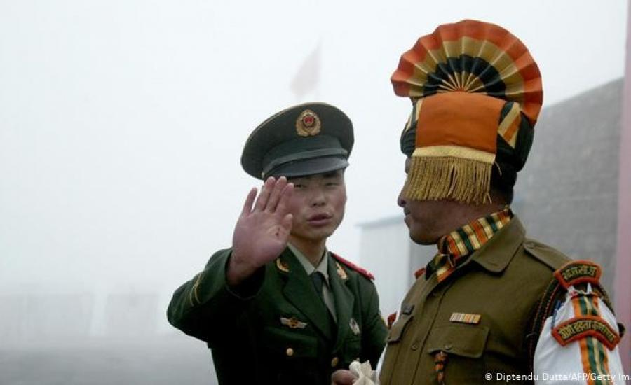 اشتباكات بين الجيشان الهندي والصيني