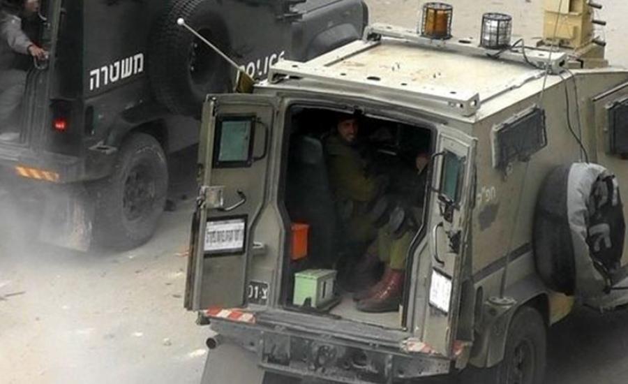 مركبة عسكرية اسرائيلية تدهس طفلا