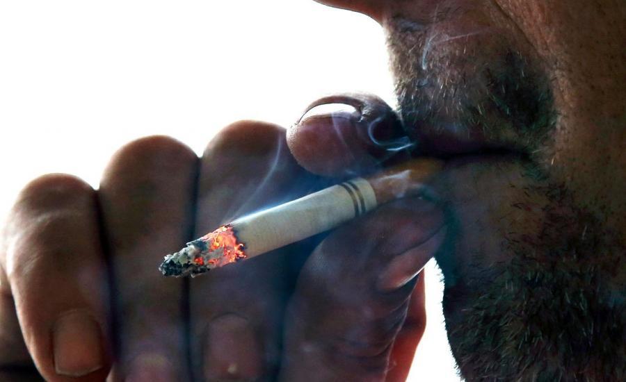 السجائر والتدخين والفلسطينيين