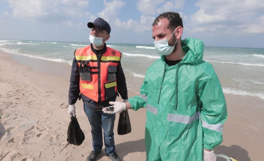 التسرب النفطي يصل الى قطاع غزة