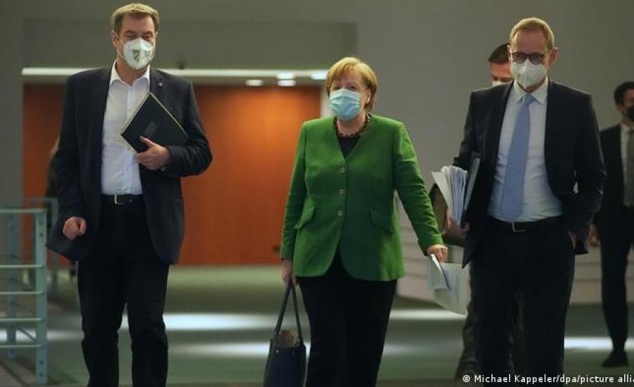 ميركل والاغلاقات في المانيا