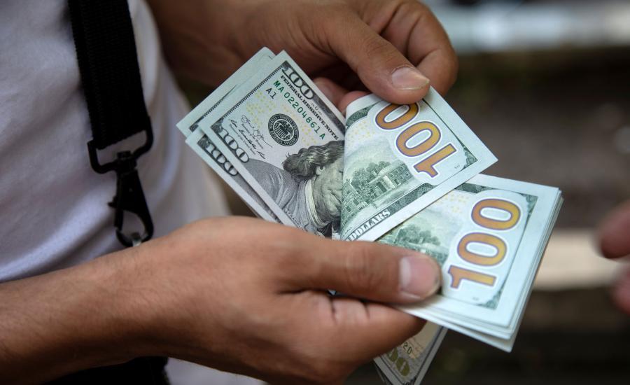 الدولار الامريكي واقتصاد فلسطين