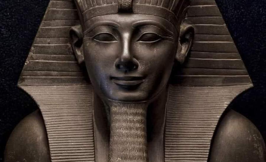 عالم المصري