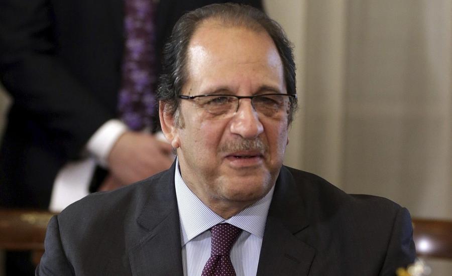 مدير المخابرات المصرية وعباس