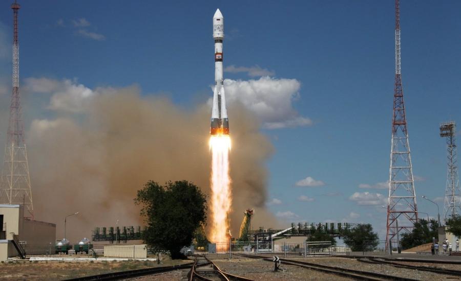 قمر صناعي روسي وايران