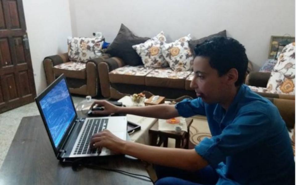 فتى من غزة ينتج ألعاباً احترافية تنافس العالمية - موقع رام الله الإخباري
