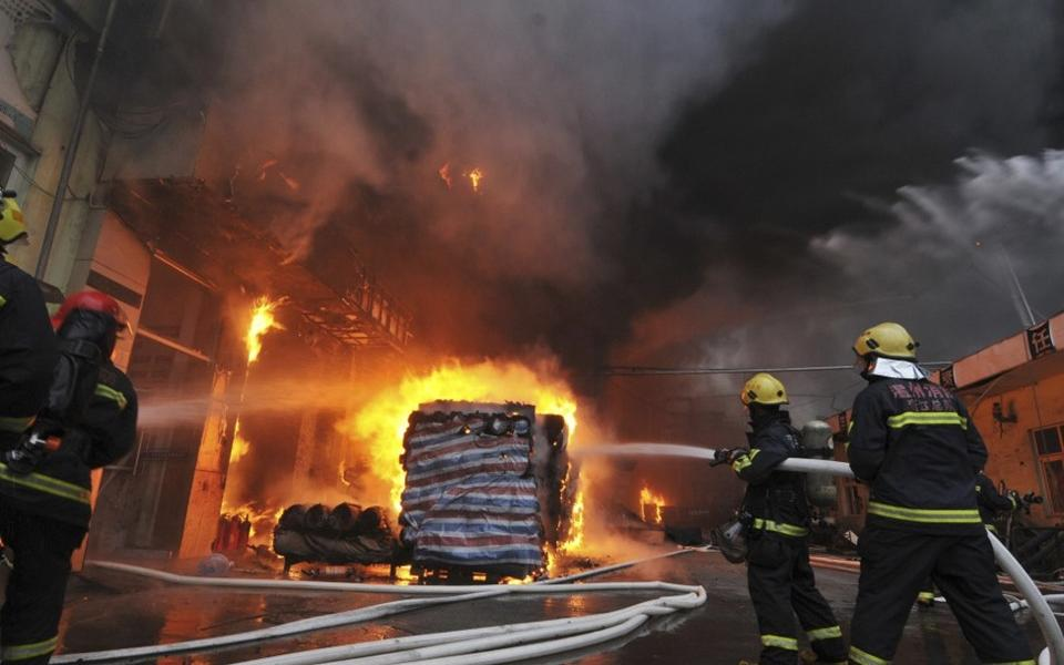 اندلاع حريق في قطار القاهرة- أسوان بسبب ارتفاع الحرارة - موقع رام الله الإخباري