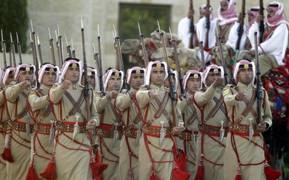 عشائر أردنية تحذر تنظيم داعش من المساس بامن المملكة - موقع رام الله الإخباري
