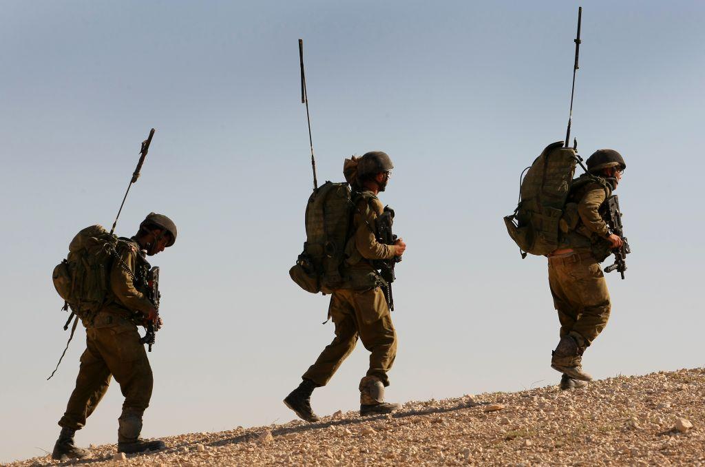تدريبات لواء جفعاتي على حدود غزة