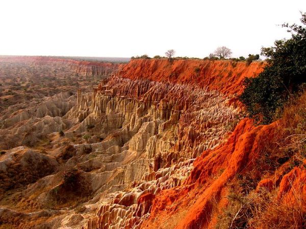 One-of-the-most-unique-landscapes-in-Angola-is-the-Valley-of-the-Moon