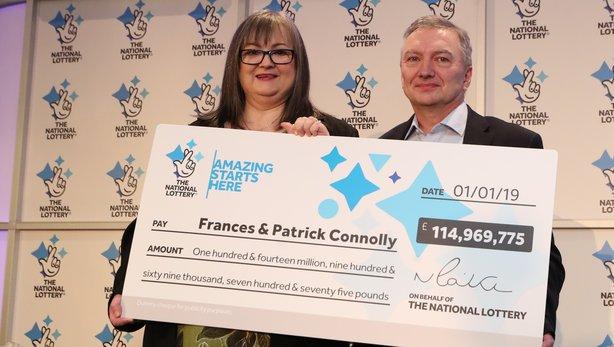 ربح جائزة يانصيب في بريطانيا