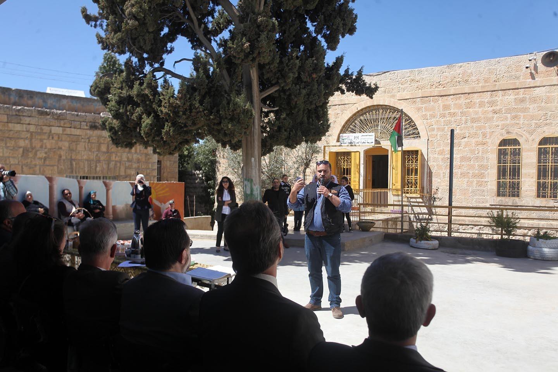 جولة ممثل الاتحاد الاوروبي لدى فلسطين رالف تراف و24 سفير وقنصل في محافظة الخليل.