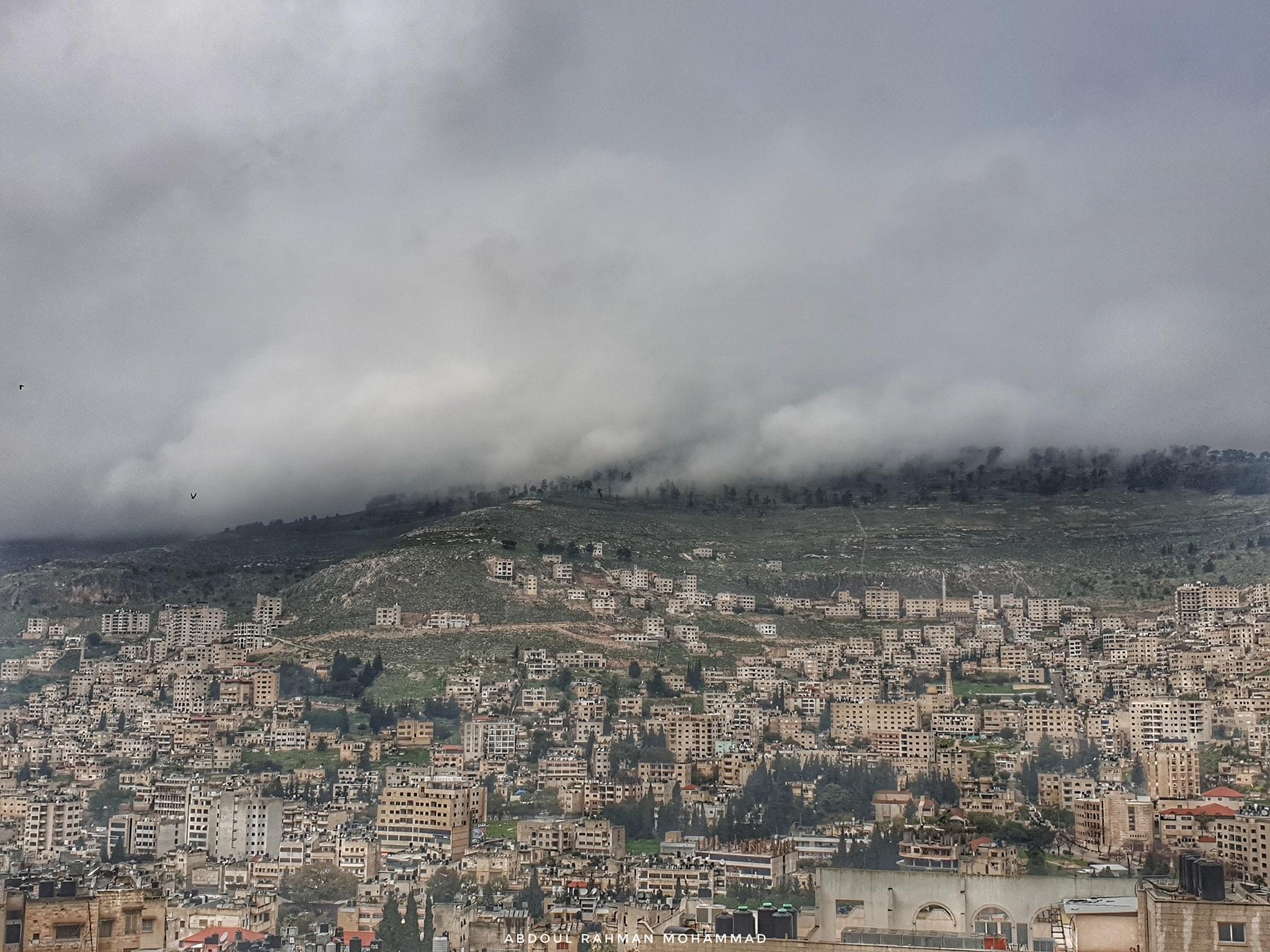 حالة الطقس: منخفض جوي مصحوب بكتلة هوائية شديدة البرودة